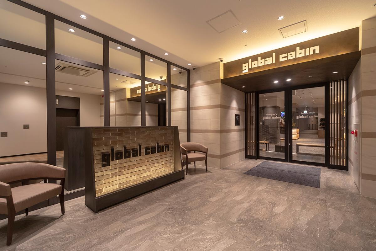 ホテルのエントランススペース
