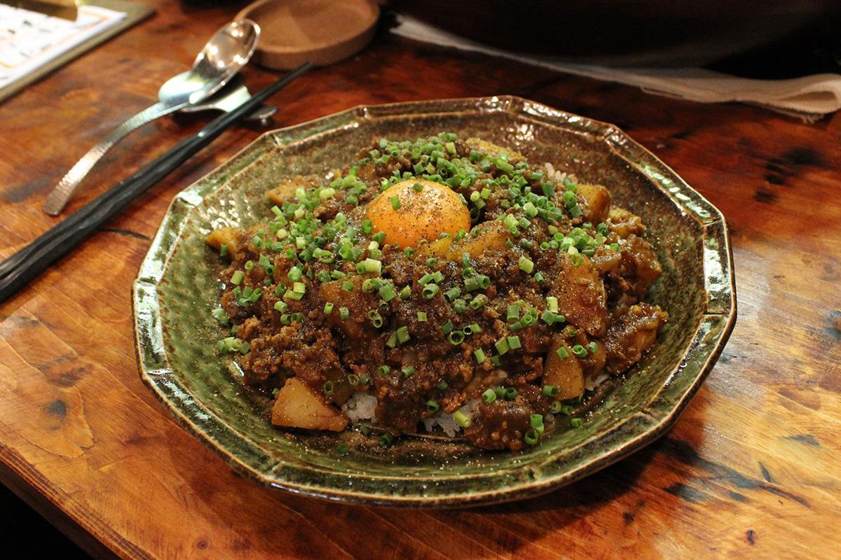 地元産のジャガイモを使った「特製キーマカレー」