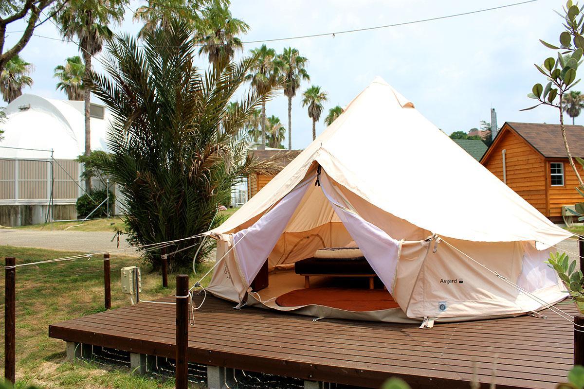 アウトドアが苦手でも気軽にキャンプを楽しめるグランピング施設