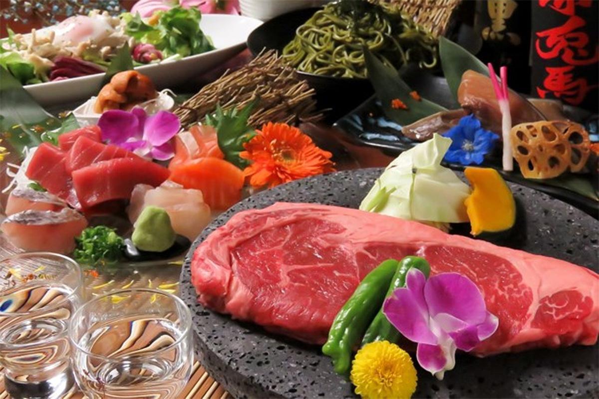 富士山の溶岩石で焼く肉料理