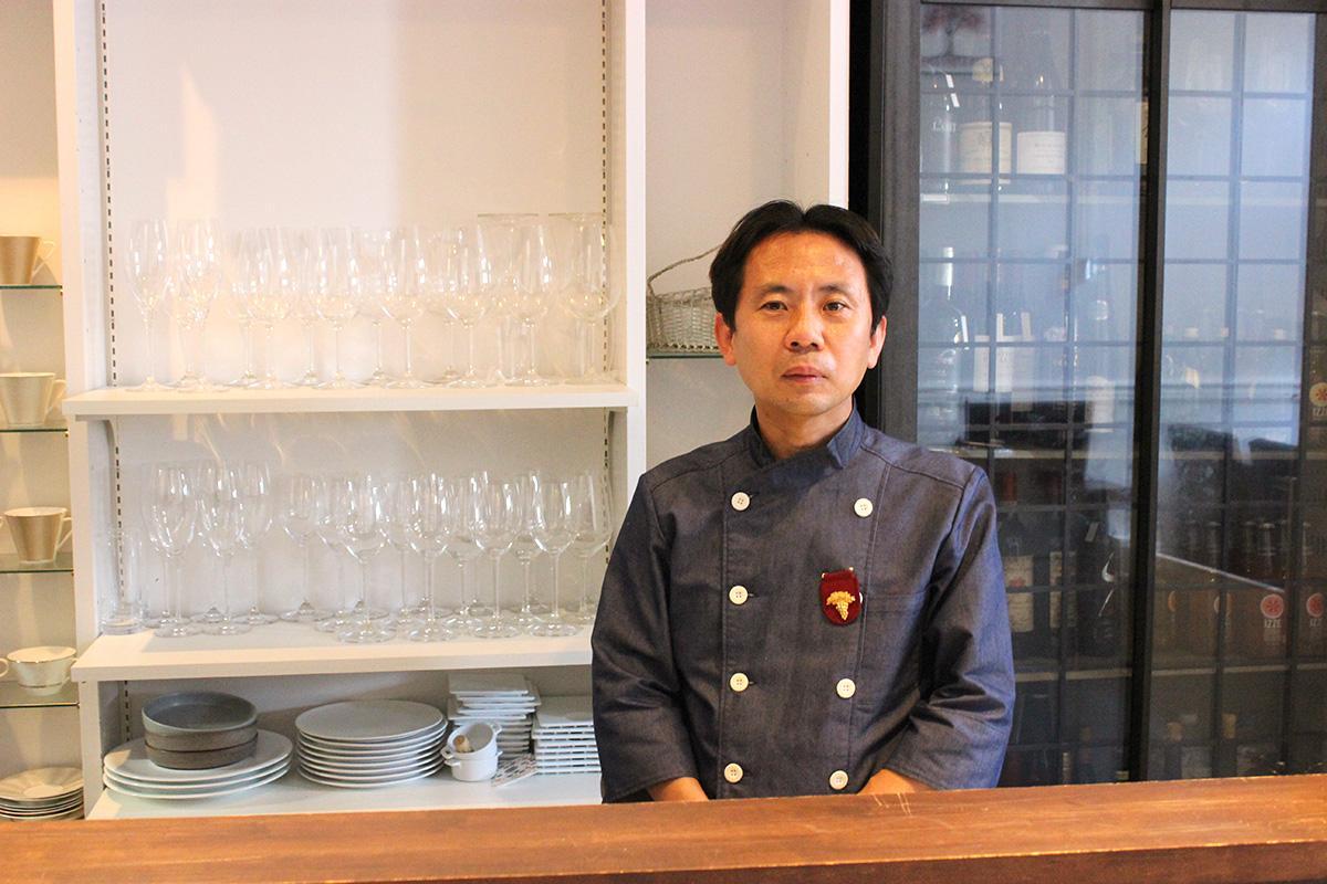 多くの人の来店を期待する、オーナーの高田慎也さん