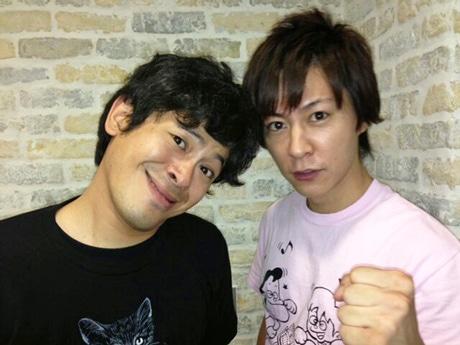 来場を呼び掛けるお笑いコンビ「流れ星」のちゅうえいさん(左)と瀧上伸一郎さん(右)