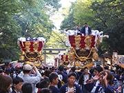 東大阪・枚岡神社で「秋郷祭」始まる 布団太鼓23台が宮入り