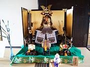 東大阪・旧河澄家で「端午の節句展」 地域住民寄贈の五月人形やこいのぼり飾る