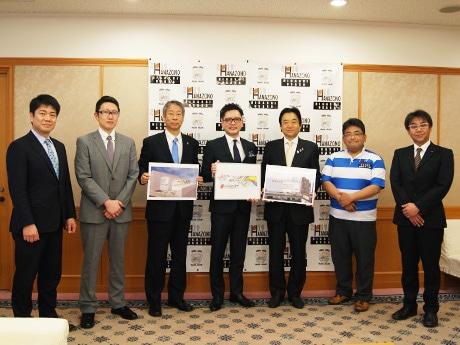 サンコーインダストリーと週刊ひがしおおさかが野田義和東大阪市長を表敬訪問