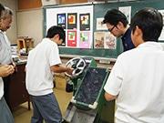 東大阪の中学で職業講話 ねじ専門商社社長や地域サイト編集長が講師に