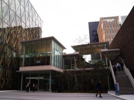 2017年上半期PVランキング1位「近畿大学東大阪キャンパスに新エリア 独自分類の図書館やCNN Cafeも」