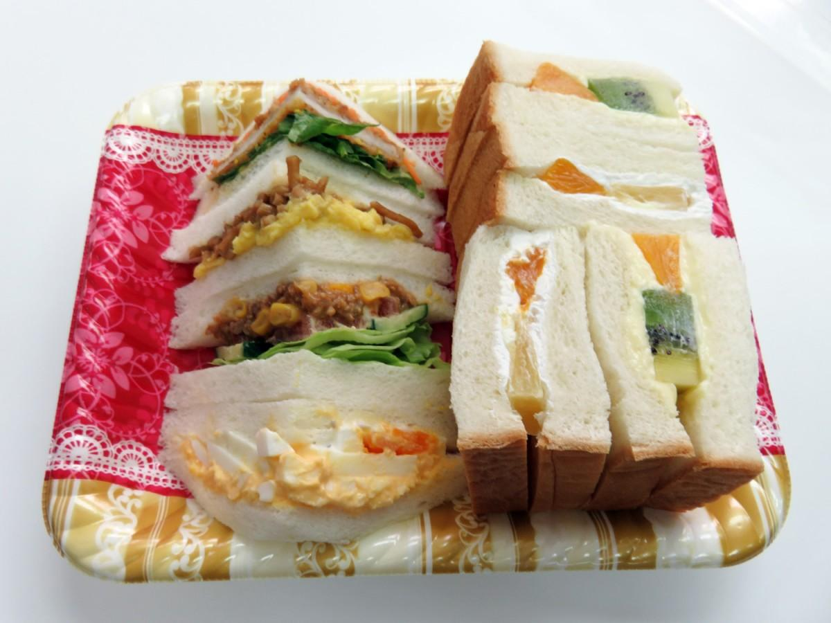 「わんぱくサンドイッチ」