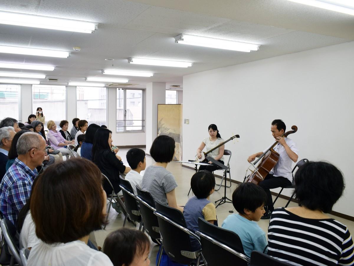 宮本順三記念館「豆玩舎ZUNZO」開館20周年記念コンサートの様子