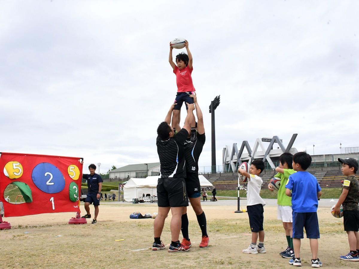 5月に開催した初心者向け体験型スポーツイベントの様子
