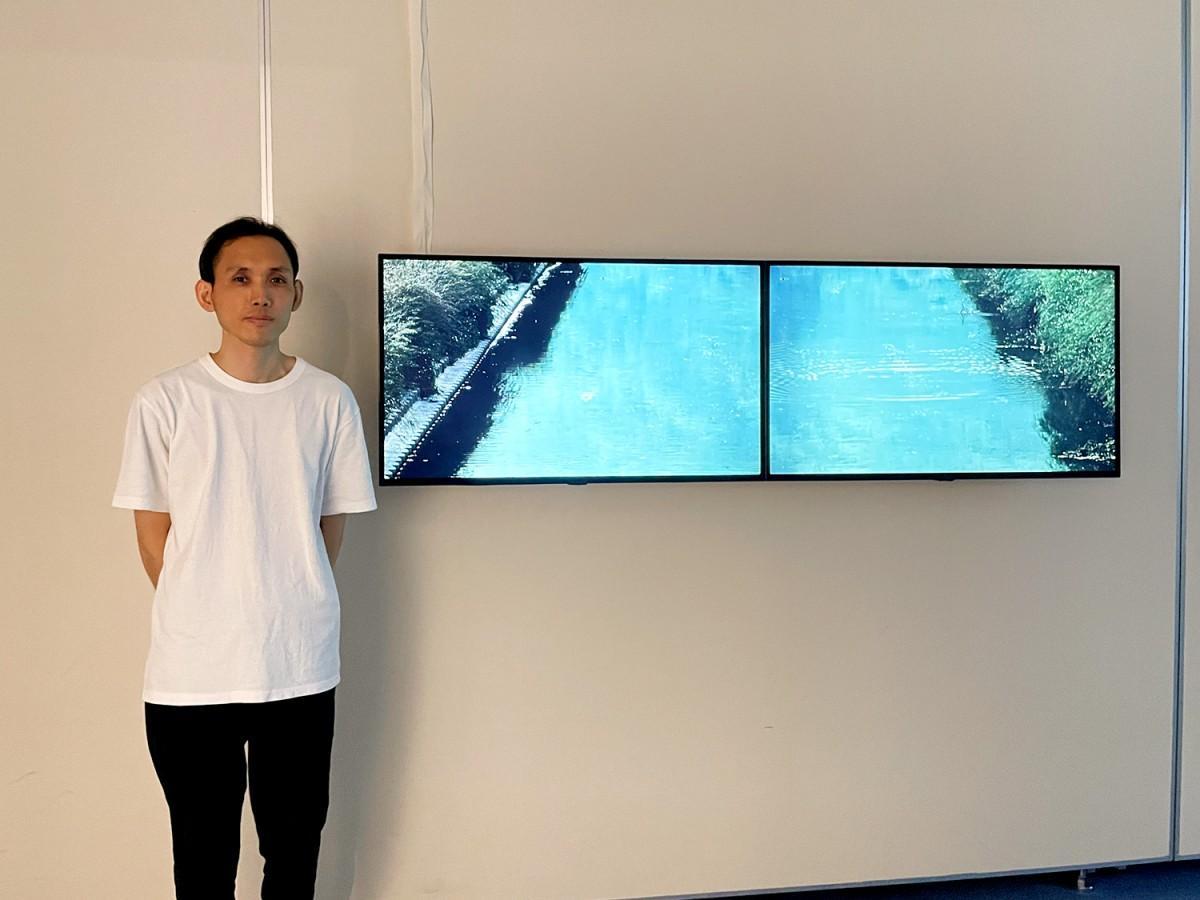 水野勝規さんと恩智川で撮影した作品「sync cord」