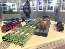 府立中央図書館で「大阪をめぐる鉄道車両の魅力」展 模型や鉄道部品展示