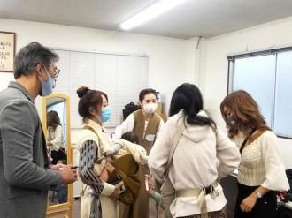 東大阪の雑貨メーカー「カワキタ」が「抱っこ補助機能付きショルダーバッグ」開発