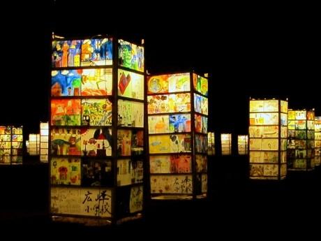 姫路城周辺にあんどん800基-素屋根に映しだすデジタル掛け軸も(写真ニュース) - 姫路経済新聞