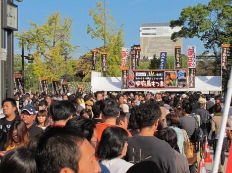 ご当地グルメの祭典「B-1グランプリin姫路」の様子