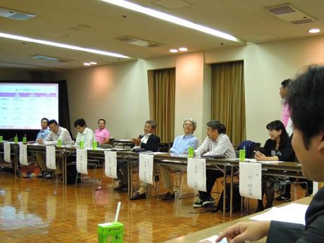 姫路市民会館(姫路市総社本町)で9月30日に開催された「姫路夏あかりサミット」の様子