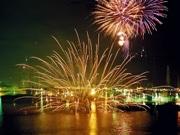 姫路港で海上花火大会、今年も開催へ-21プログラム3000発披露