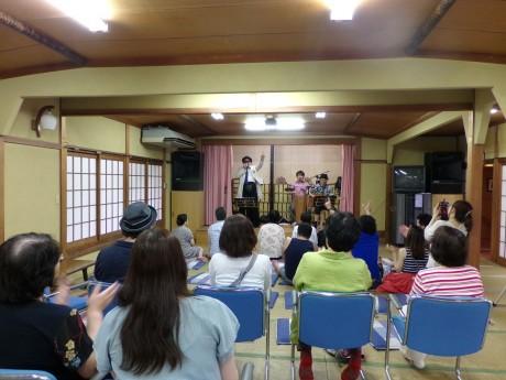 創立30周年を記念し、米米CLUBのジェームス小野田さんとジョプリン得能さんらのグループ「J.I.J」のトーク&ライブを開催。