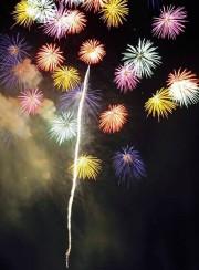 姫路港で花火大会 6万5千人が夏の風物詩に集う