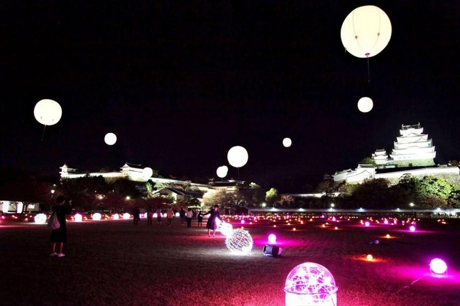 姫路城三の丸広場のイルミネーション
