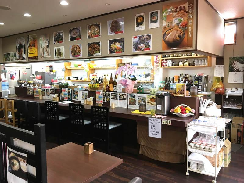 韓国料理「勝利」店内