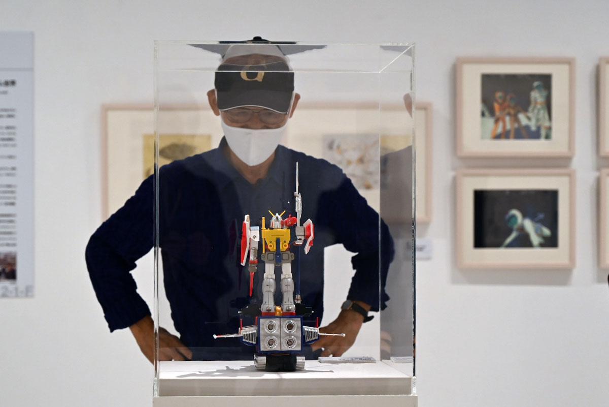「ガンダム DX合体セット」が展示されていたことに興奮していた富野さん
