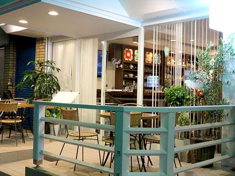 「一日中楽しめる」をコンセプトに7月26日オープンした「カフェ山崎」