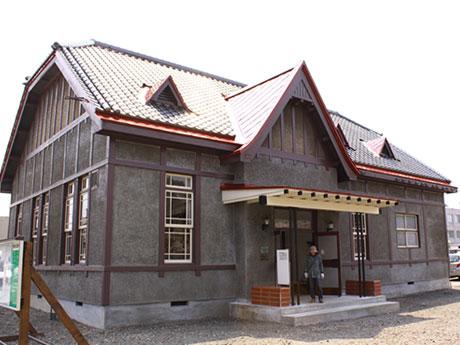 スターバックスの出店が予定されている国登録有形文化財「旧第八師団長官舎」