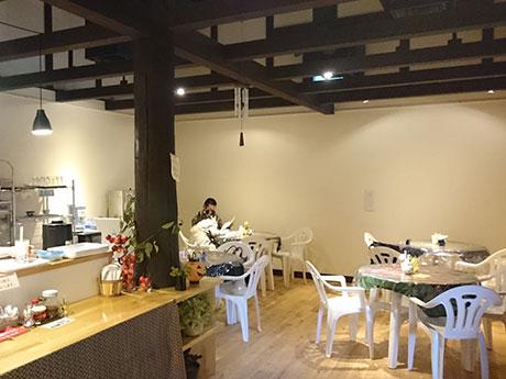 江戸時代に建てられたという蔵を改装してオープンした十文字カフェ