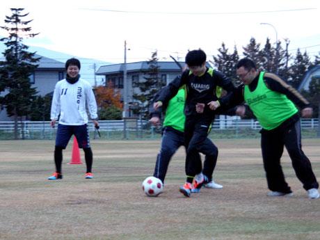 参加したメンバーからは「思わず走ってしまい相手のボールになるが、そこで起こる笑いも楽しみの一つ」という声もあった
