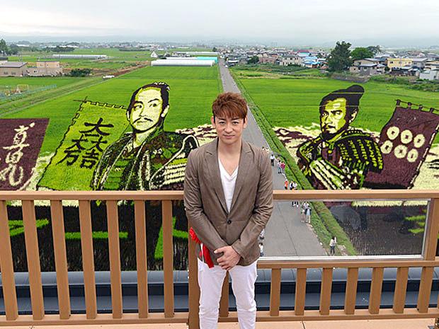 山本耕史さんと田んぼアート