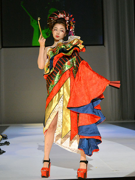 弘前で「ファッション甲子園」 ...
