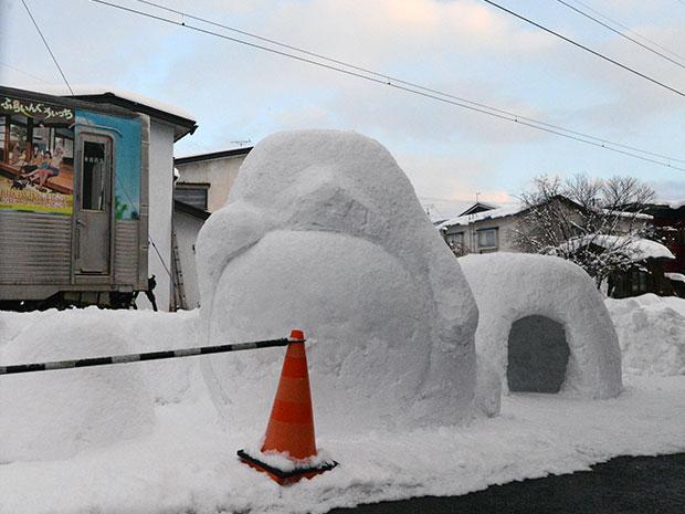 2月中旬に完成を予定している雪像