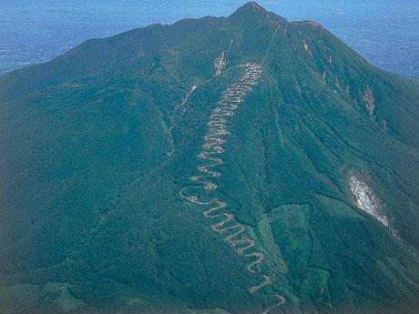 上空から撮影した津軽岩木スカイライン