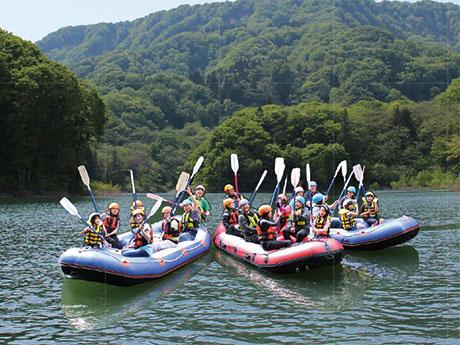 津軽白神湖でカヌー体験ができる「パドルフェスティバル」