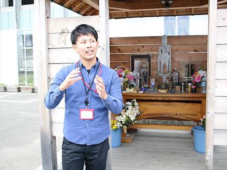 被災地の生の声を届ける活動する東梅和貴さん。メインゲストとして被災地の現状を語る