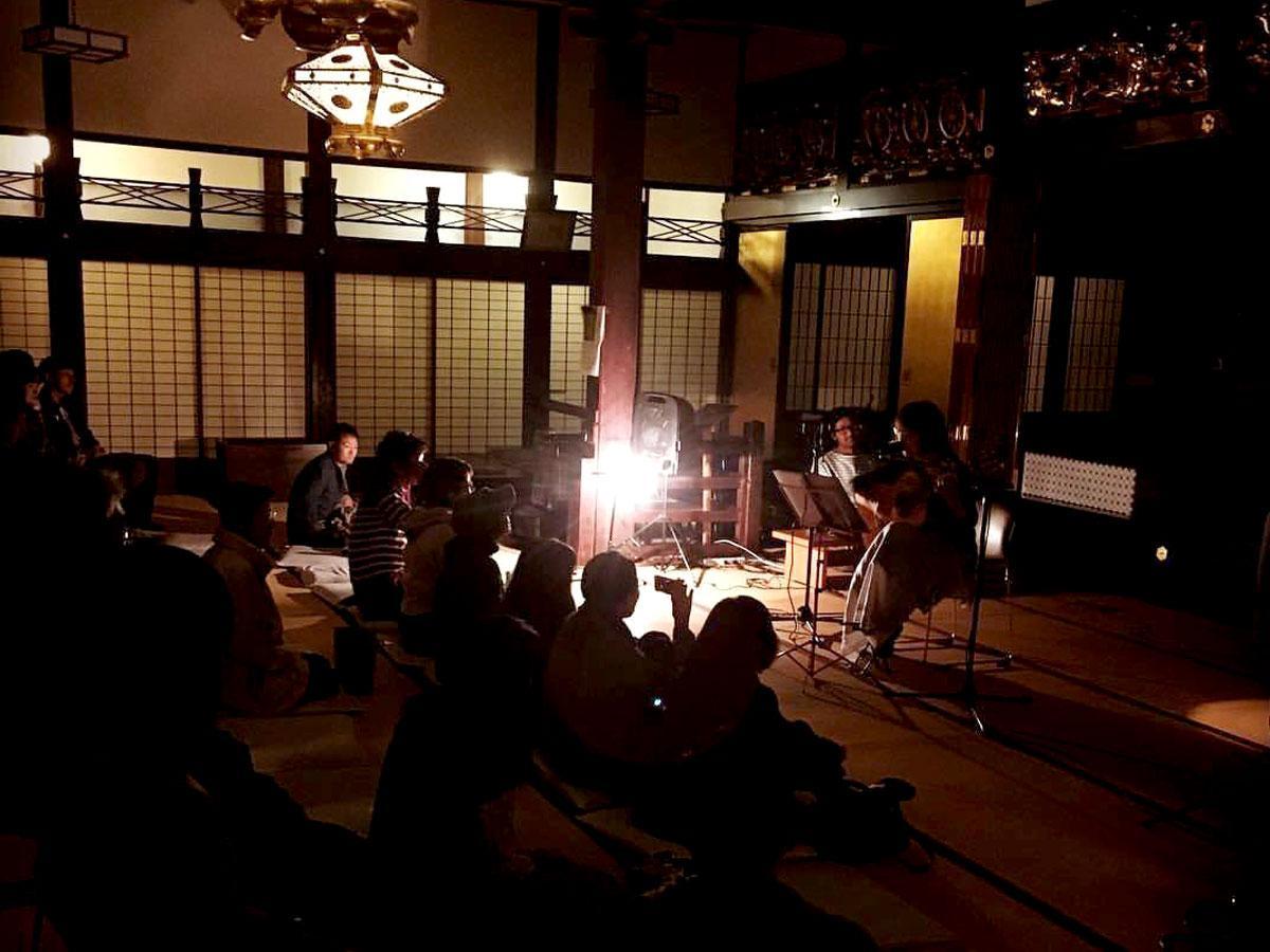 圓明寺本堂で開催された過去の音楽イベントの様子