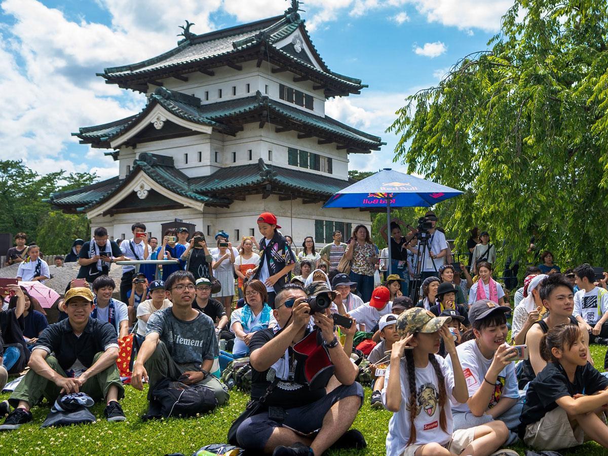 弘前城本丸で開催された昨年の「城フェス」の様子(提供:ひろさき芸術舞踊実行委員会)