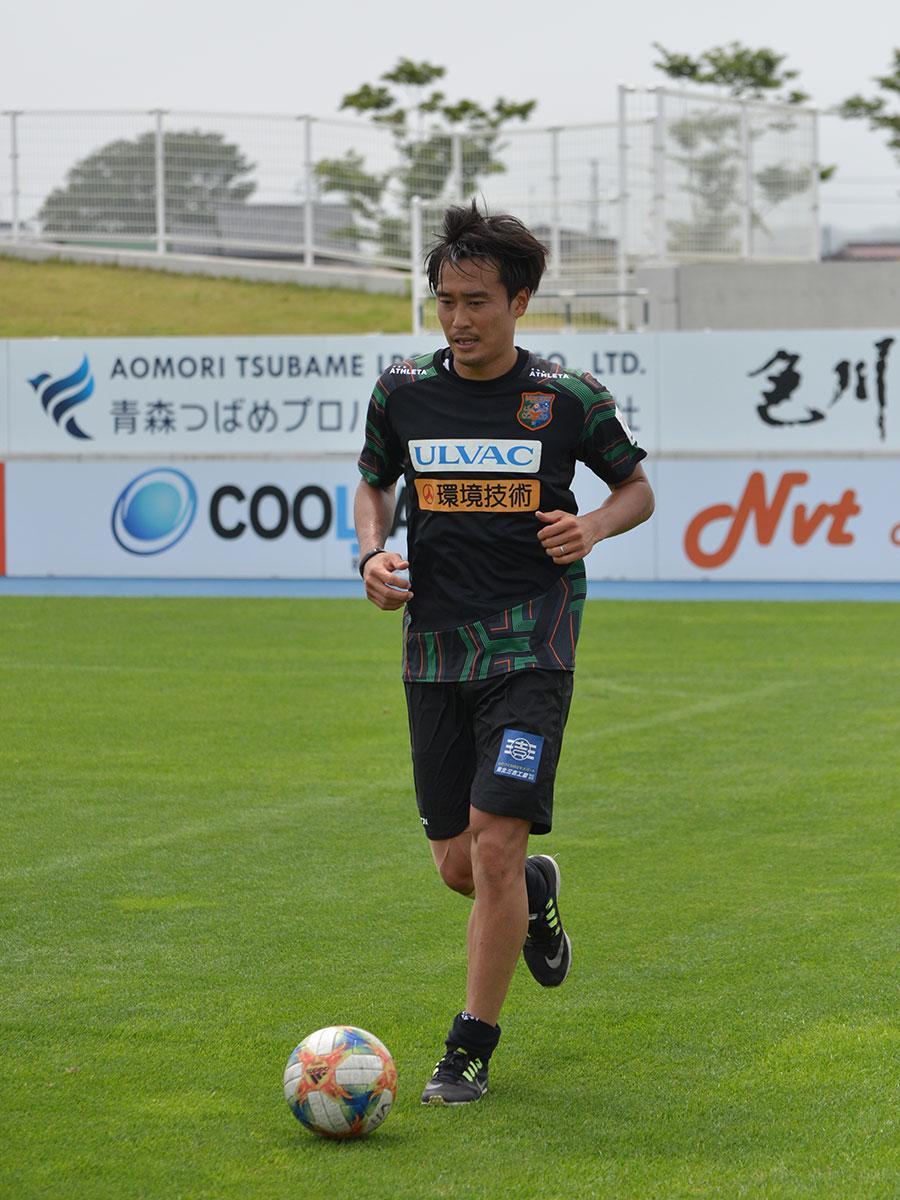 初の弘前出身Jリーガーとして公式試合出場に期待がかかる成田諒介選手