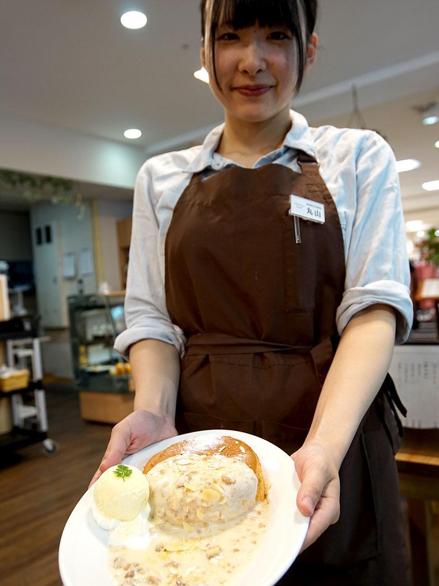 人気の自家製スフレパンケーキ