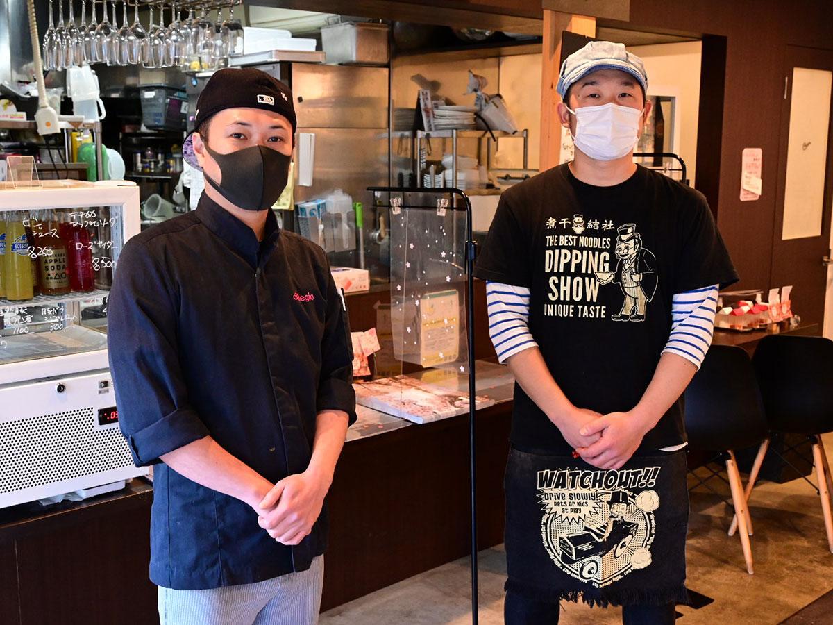 「チリエージョ」の野村農さん(左)と「煮干結社」の鎌田隆治さん(右)