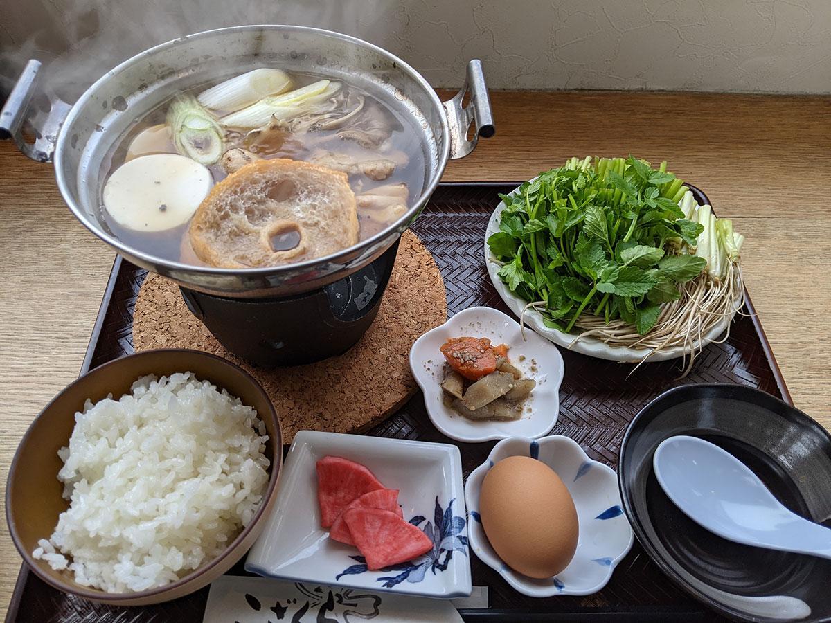 レストラン「こざくら」で提供する一町田のせり鍋