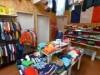 弘前に子ども服専門輸入古着店 プレイルーム併設の試着室も