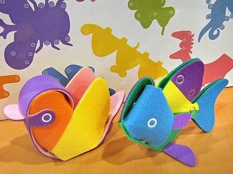 組み立て式の布製玩具「な~にん?」で難易度が高い「トリ」と「サカナ」