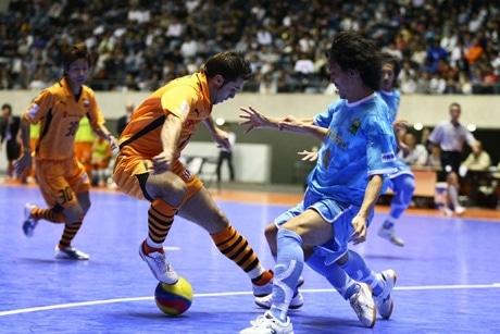 シュライカー大阪とデウソン神戸のゲーム
