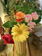 男性から女性に花束を-広島で「フラワーバレンタイン」アピール