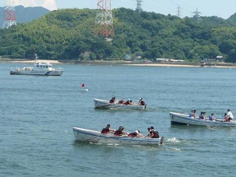 レースに使う船は、日本海洋少年団連盟から借りているという