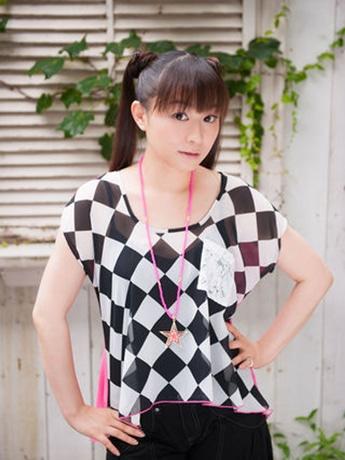 ライブに出演する今井麻美さん