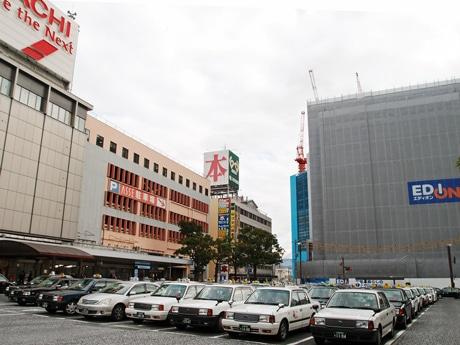 再開発が進む広島駅前