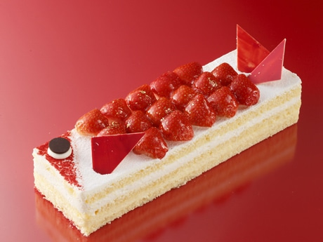 アンリ・シャルパンティエが広島限定で販売する「真っ赤な鯉(こい)のケーキ」